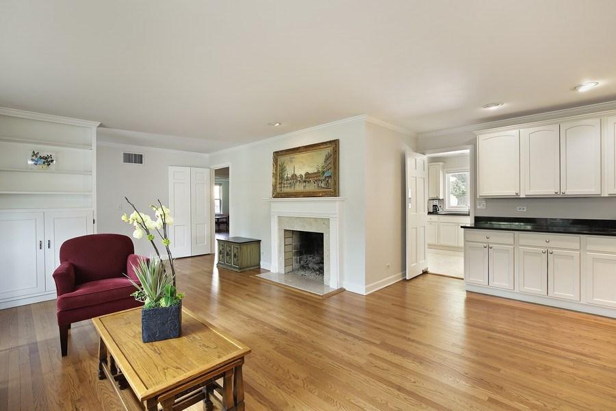 Real Estate Photography - 1215 Hill Road, Winnetka, IL, 60093 -