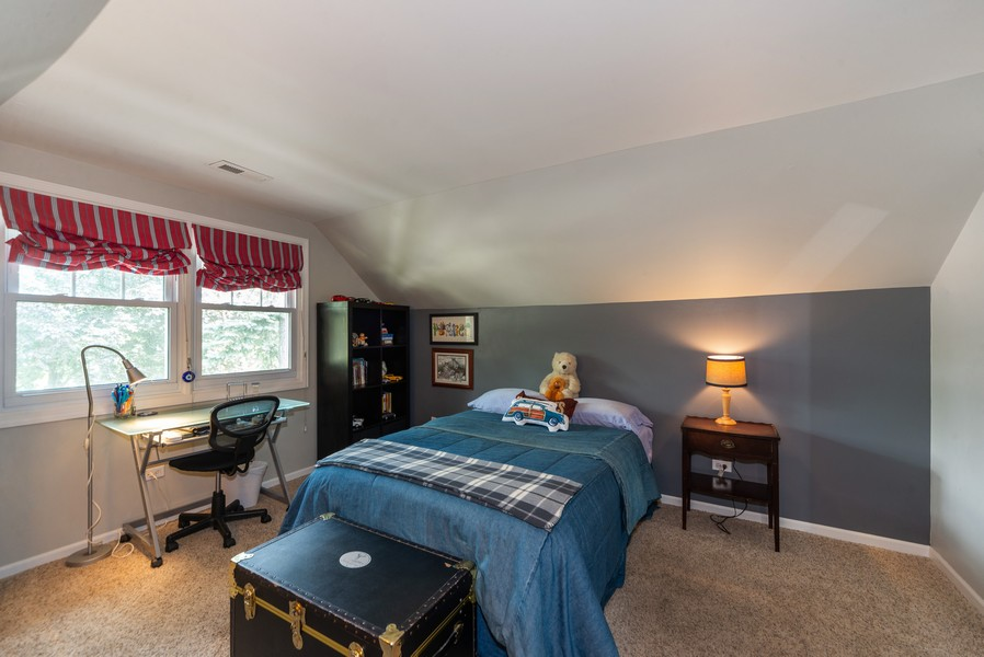 Real Estate Photography - 105 Imperial, Park Ridge, IL, 60068 - 2nd Floor Bedroom