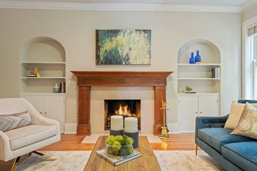 Real Estate Photography - 448 W Wrightwood Avenue, 2, Chicago, IL, 60614 - Living Room