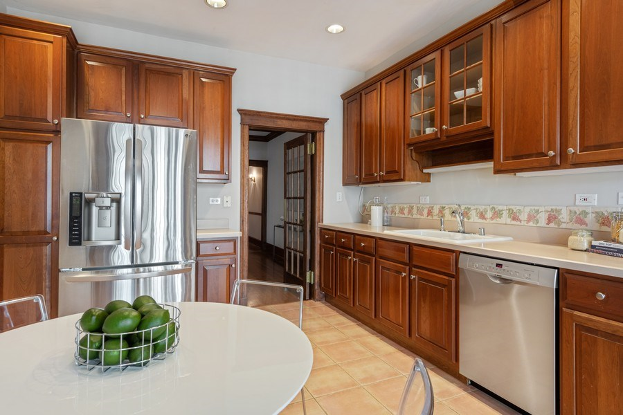 Real Estate Photography - 448 W Wrightwood Avenue, 2, Chicago, IL, 60614 - Kitchen