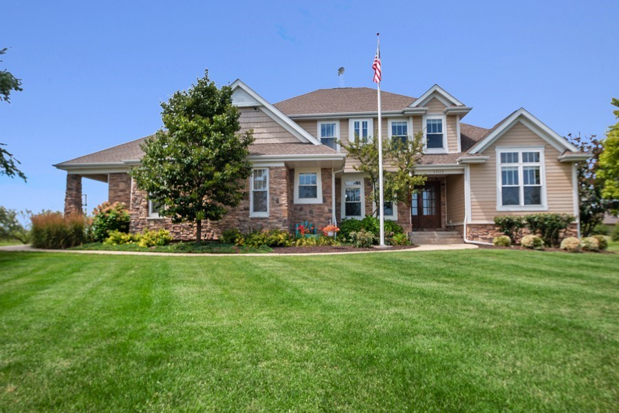 Real Estate Photography - 13113 Charleston St, Caledonia, IL, 61011 - Front View