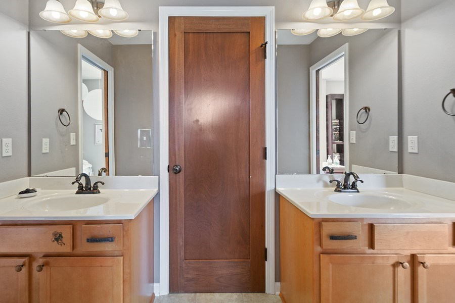 Real Estate Photography - 13113 Charleston St, Caledonia, IL, 61011 - 2nd Bathroom