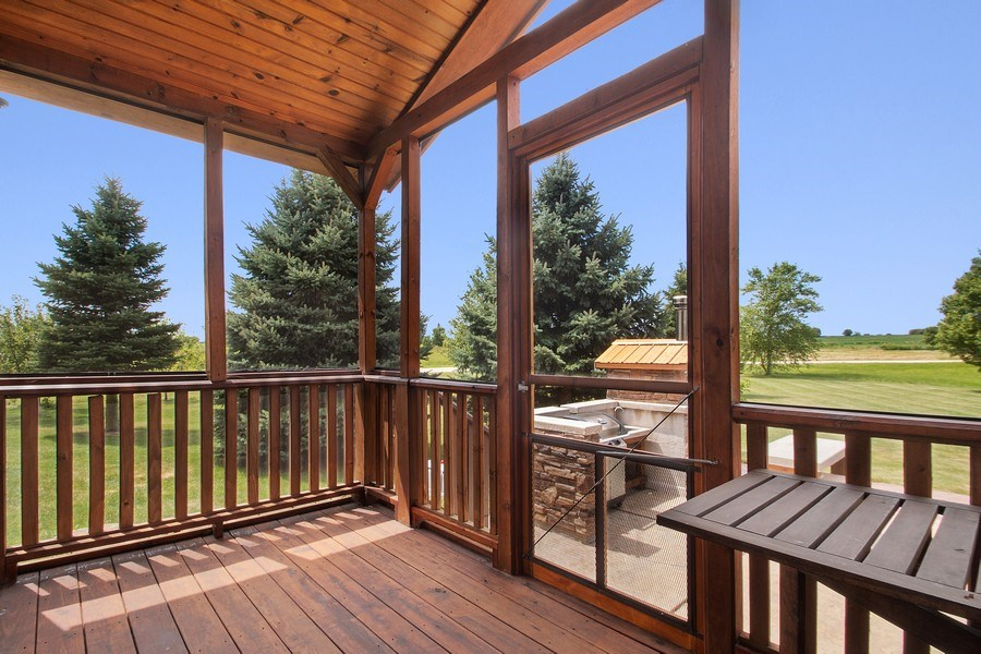 Real Estate Photography - 13113 Charleston St, Caledonia, IL, 61011 - Sun Room