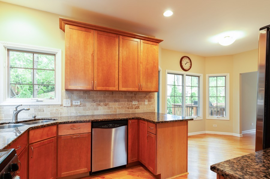 Real Estate Photography - 128 Bluff Ave, Grayslake, IL, 60030 - Kitchen / Breakfast Room