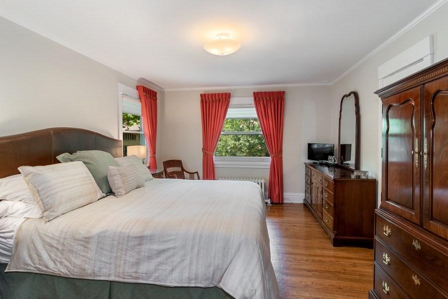 Real Estate Photography - 540 Linden, Oak Park, IL, 60302 - Master Bedroom