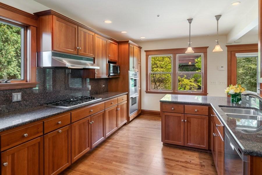 Real Estate Photography - 540 Linden, Oak Park, IL, 60302 - Kitchen