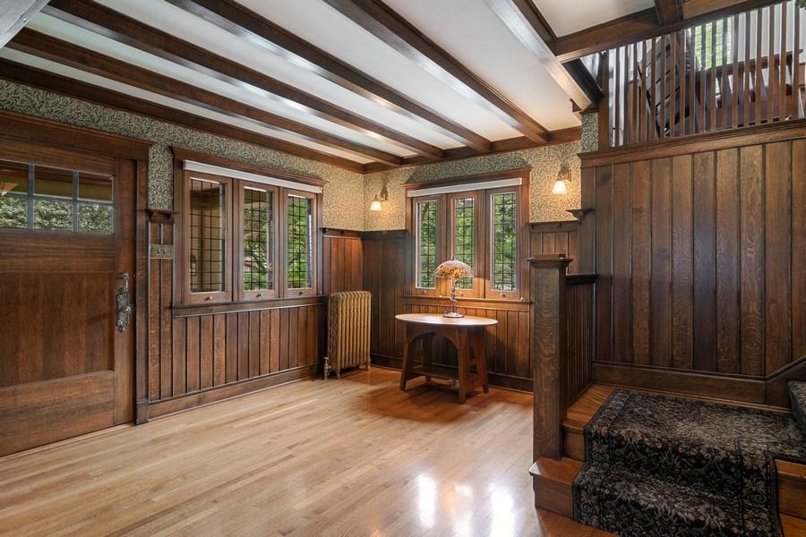 Real Estate Photography - 540 Linden, Oak Park, IL, 60302 - Foyer