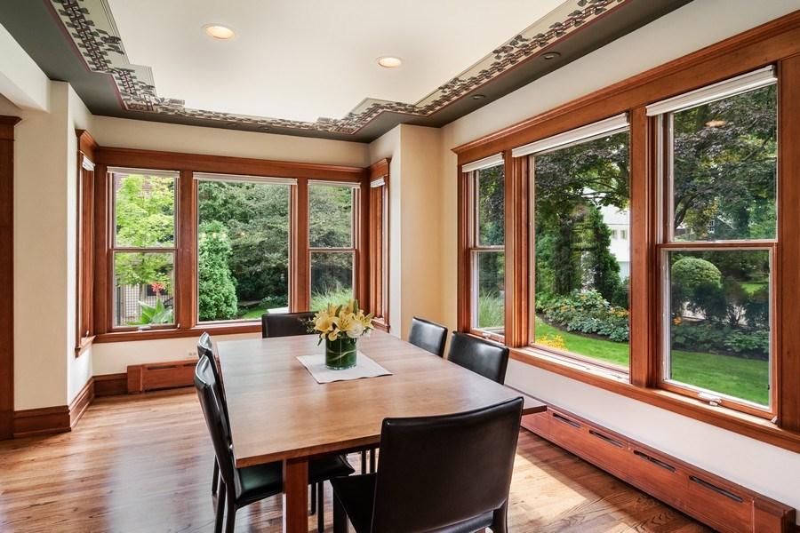 Real Estate Photography - 540 Linden, Oak Park, IL, 60302 - Breakfast Area