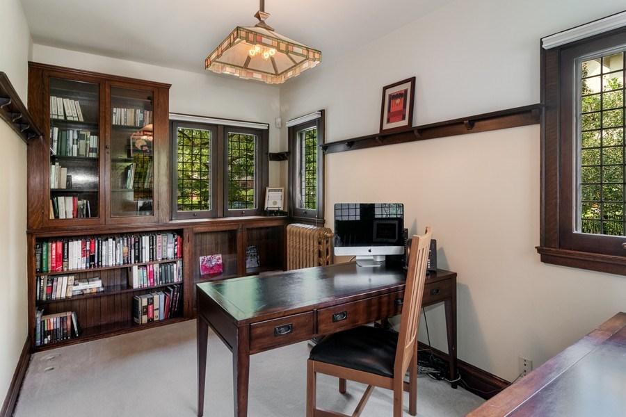 Real Estate Photography - 540 Linden, Oak Park, IL, 60302 - Office