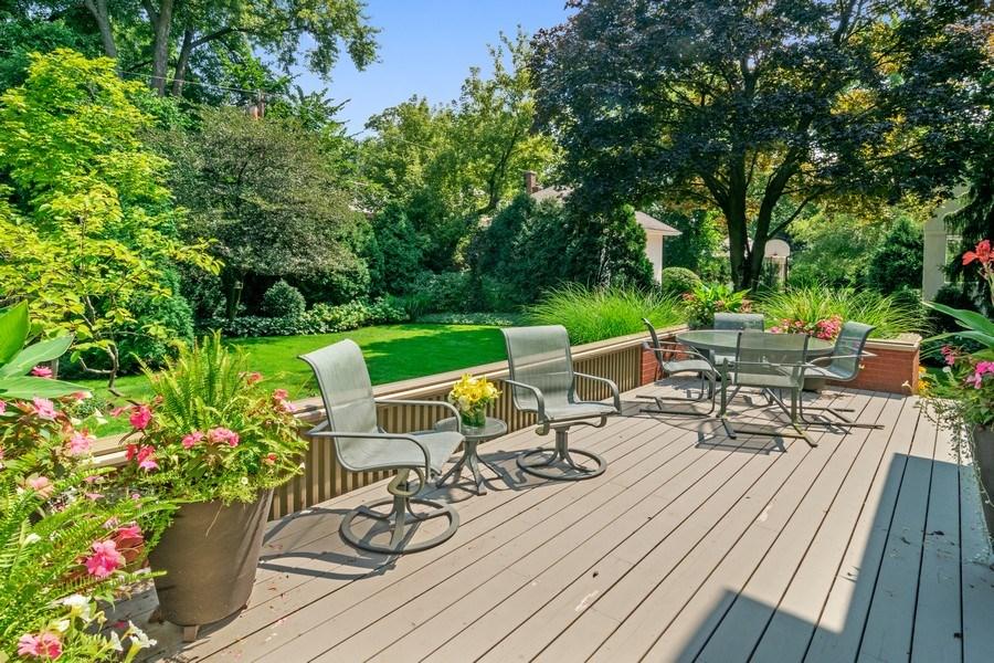 Real Estate Photography - 540 Linden, Oak Park, IL, 60302 - Deck