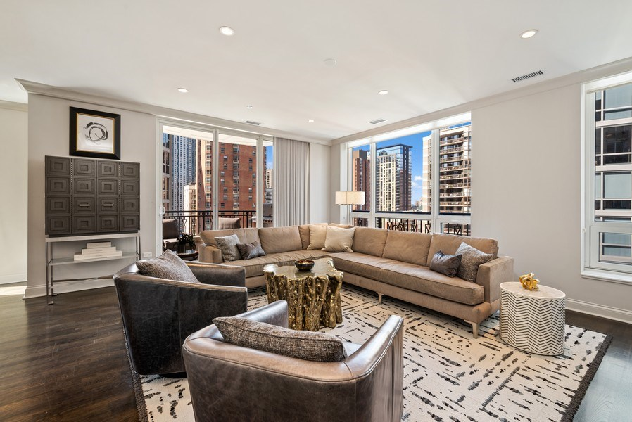 Real Estate Photography - 10 E Delaware Pl, 14D, Chicago, IL, 60611 - Living Room