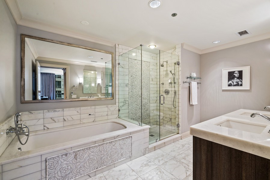 Real Estate Photography - 10 E Delaware Pl, 14D, Chicago, IL, 60611 - Master Bathroom