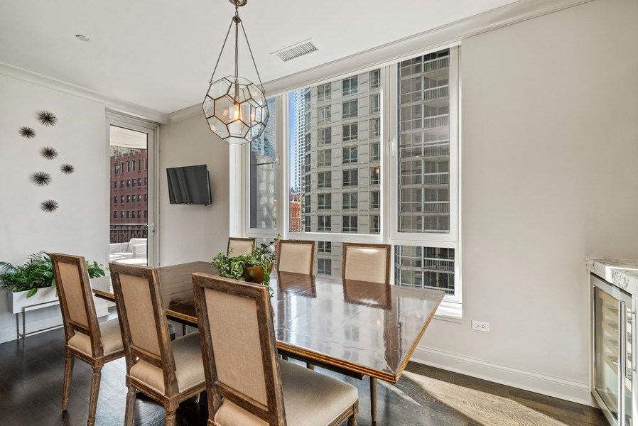 Real Estate Photography - 10 E Delaware Pl, 14D, Chicago, IL, 60611 - Dining Room