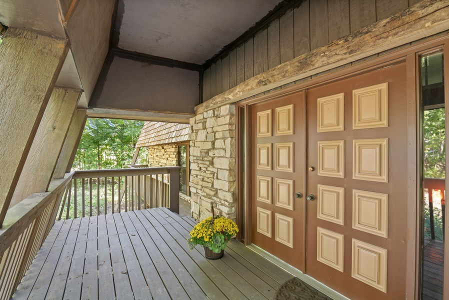 Real Estate Photography - 32433 N. Forest Dr., Grayslake, IL, 60030 - Covered Front Entrance