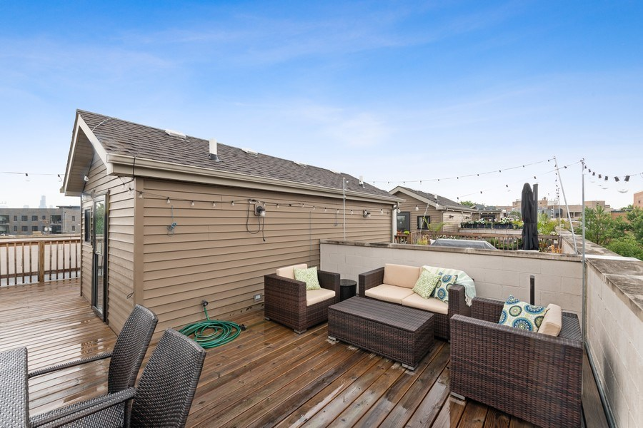 Real Estate Photography - 2060 N. Stave, #1, Chicago, IL, 60647 - Roof Deck