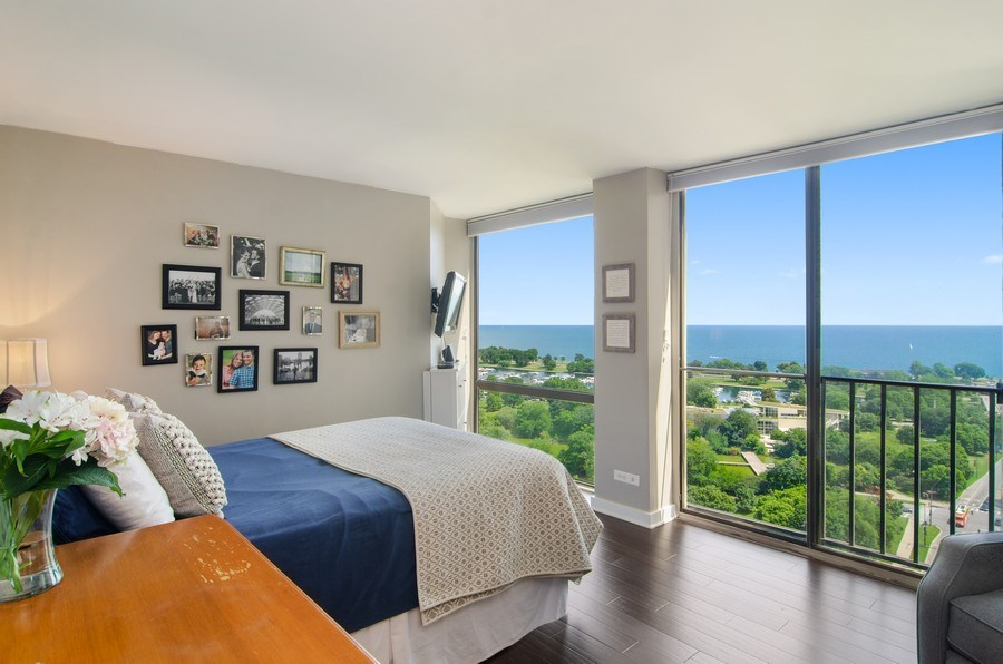 Real Estate Photography - 345 w. fullerton #2204, Chicago, IL, 60614 - Master Bedroom