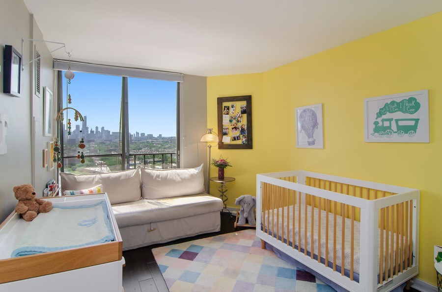 Real Estate Photography - 345 w. fullerton #2204, Chicago, IL, 60614 - 2nd Bedroom
