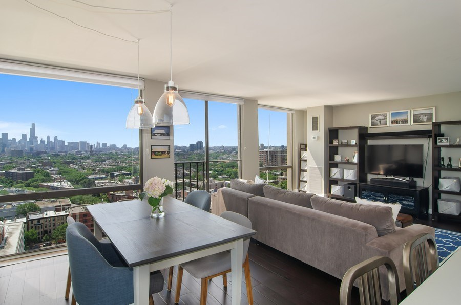 Real Estate Photography - 345 w. fullerton #2204, Chicago, IL, 60614 - Living Room / Dining Room