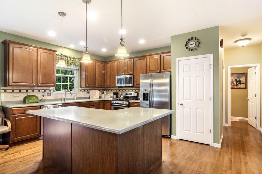 Real Estate Photography - 1017 Galena, volo, IL, 60073 - Kitchen