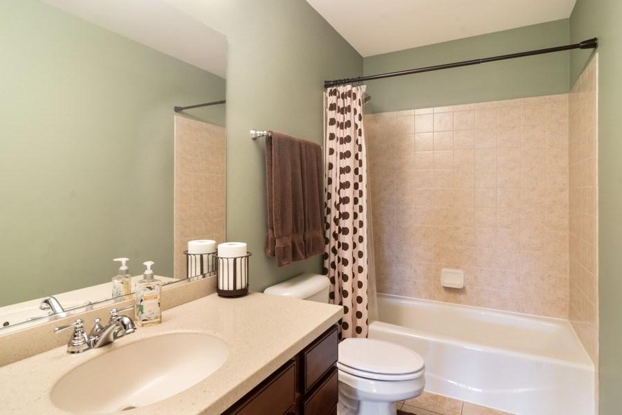Real Estate Photography - 1017 Galena, volo, IL, 60073 - Bathroom