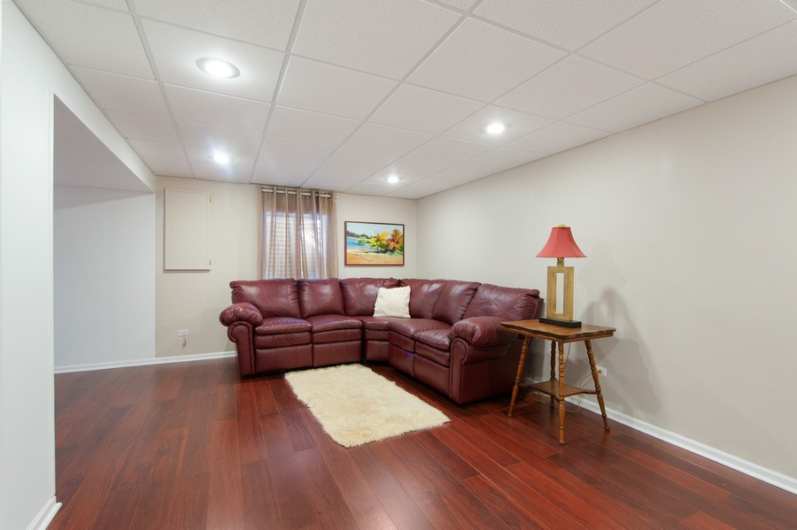 Real Estate Photography - 725 W Trail North, Grayslake, IL, 60030 -