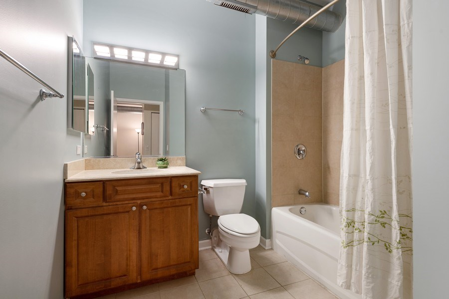 Real Estate Photography - 1200 W. Monroe St, 602, Chicago, IL, 60607 - Bathroom