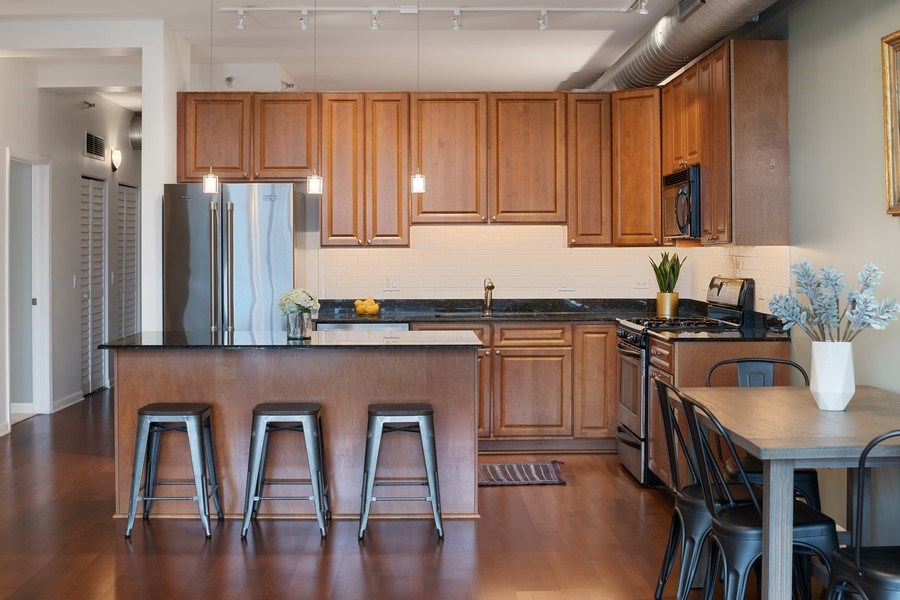 Real Estate Photography - 1200 W. Monroe St, 602, Chicago, IL, 60607 - Kitchen