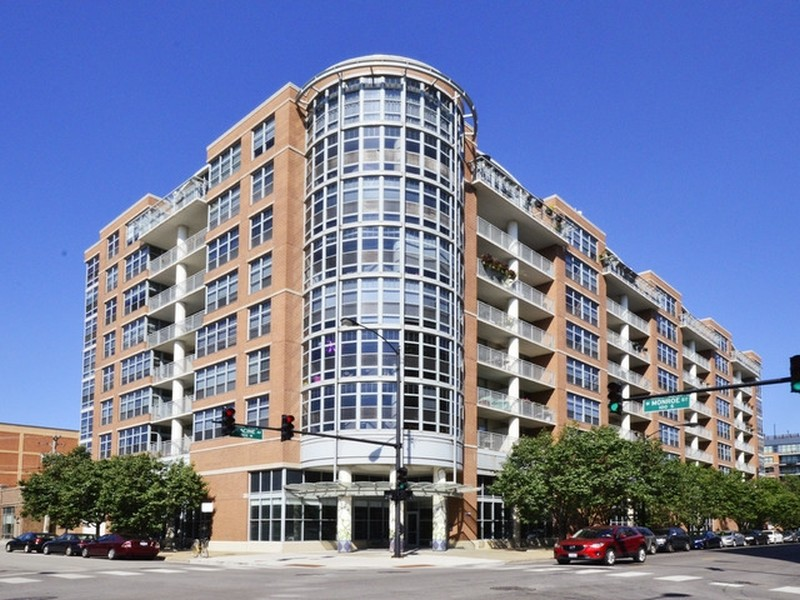 Real Estate Photography - 1200 W. Monroe St, 602, Chicago, IL, 60607 -