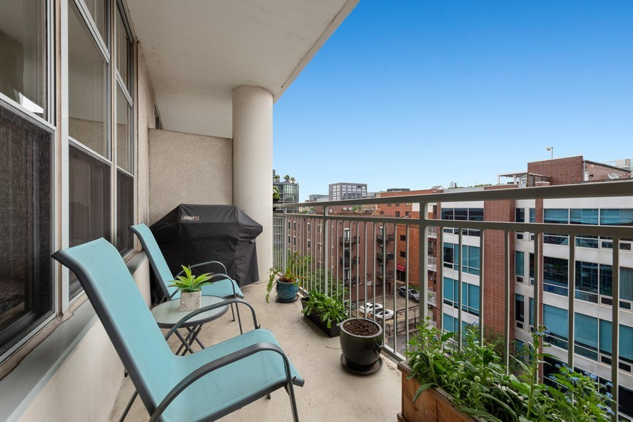 Real Estate Photography - 1200 W. Monroe St, 602, Chicago, IL, 60607 - Balcony