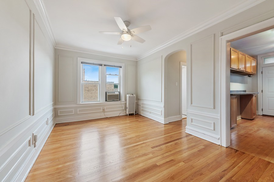 Real Estate Photography - 824 Mulford St, Unit 3E, EVANSTON, IL, 60202 - Dining Room