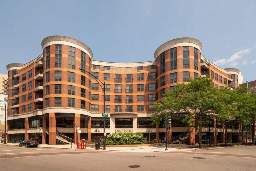 Real Estate Photography - 350 Belden, Chicago, IL, 60614 - Front View
