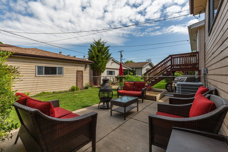 Real Estate Photography - 7940 W Fletcher St, Elmwood Park, IL, 60707 - Patio