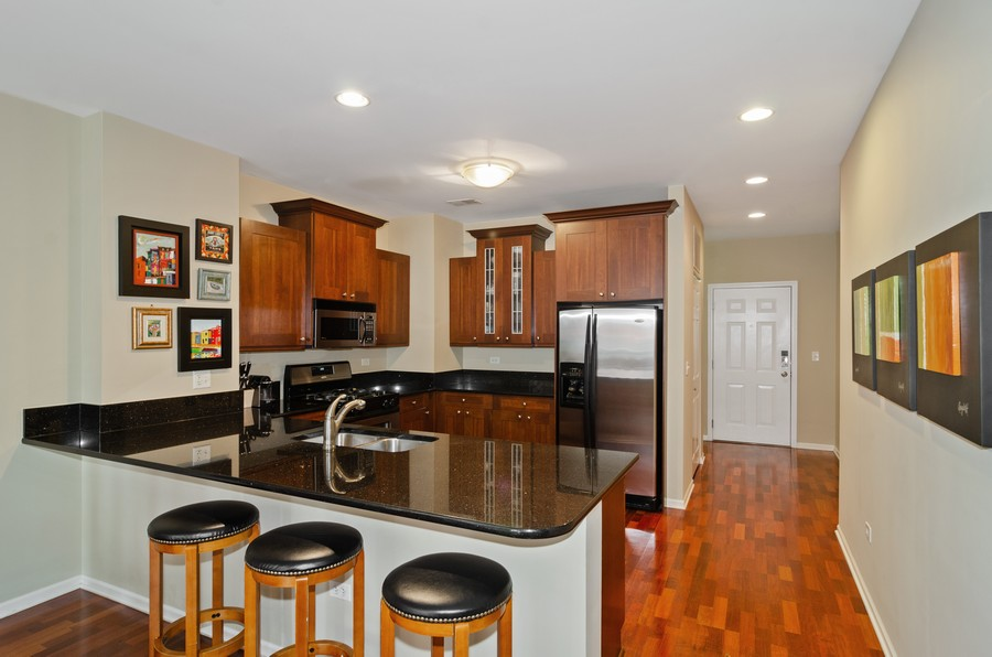 Real Estate Photography - 520 N. Halsted #308, Chicago, IL, 60622 - Kitchen