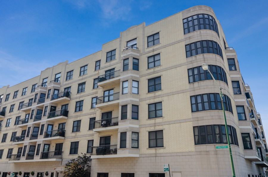 Real Estate Photography - 520 N. Halsted #308, Chicago, IL, 60622 - Front View