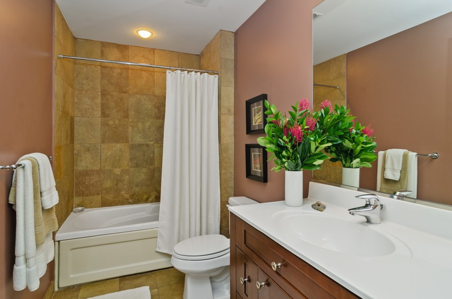Real Estate Photography - 520 N. Halsted #308, Chicago, IL, 60622 - Second Bathroom