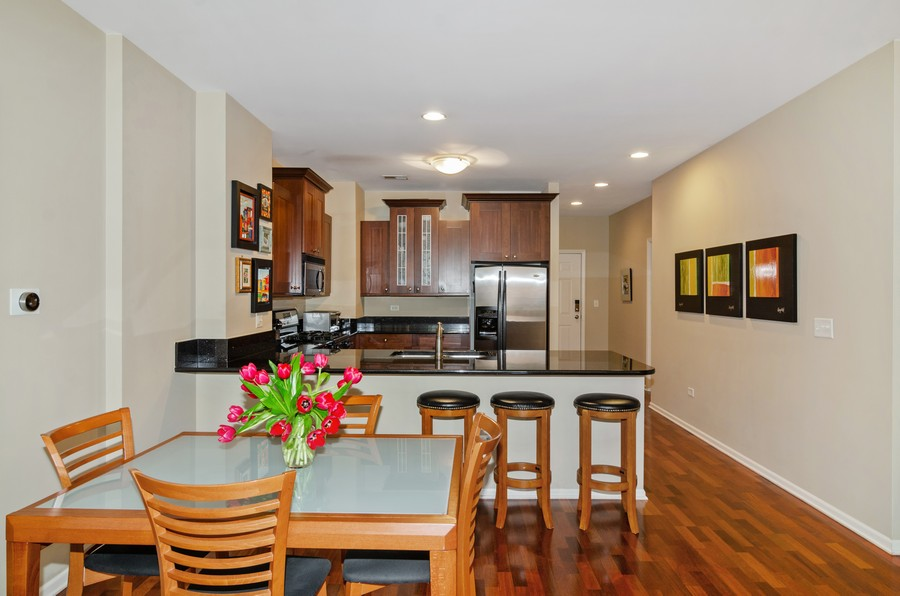 Real Estate Photography - 520 N. Halsted #308, Chicago, IL, 60622 - Kitchen / Dining Room