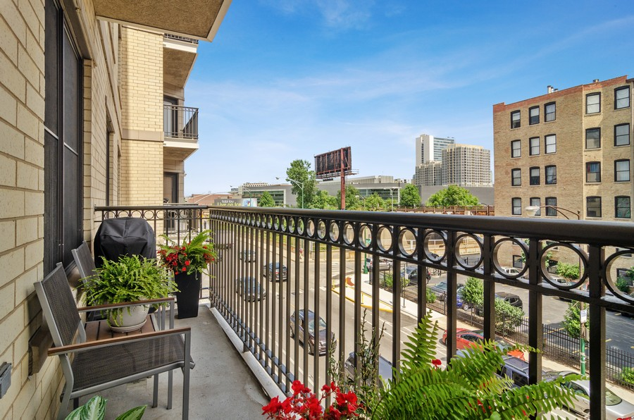 Real Estate Photography - 520 N. Halsted #308, Chicago, IL, 60622 - Balcony