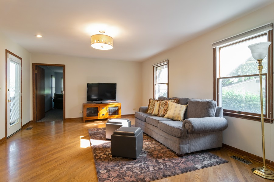 Real Estate Photography - 1508 Eton, Arlington Heights, IL, 60004 - Family Room