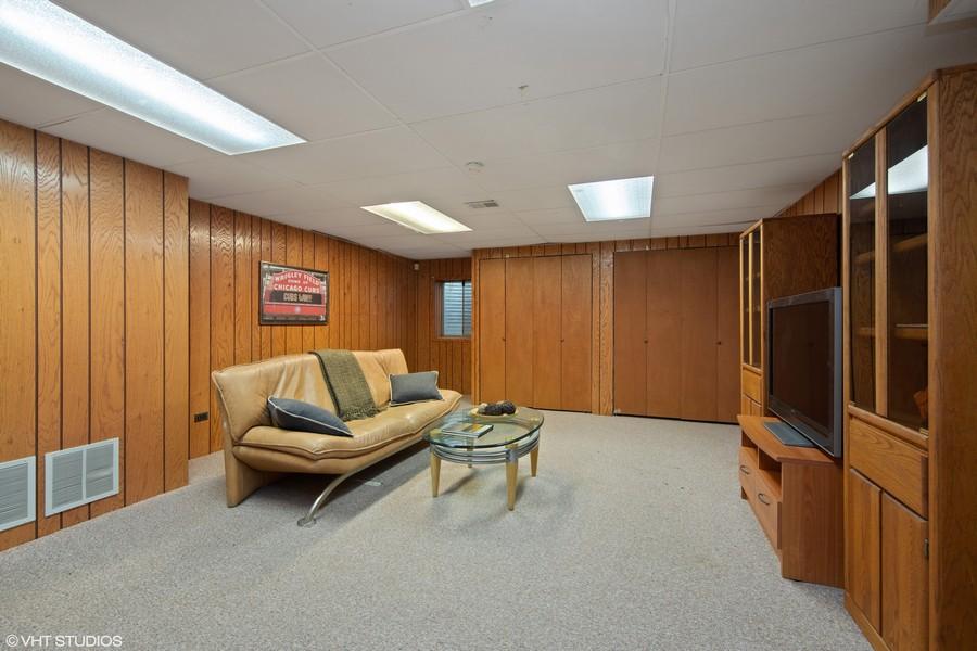 Real Estate Photography - 1508 Eton, Arlington Heights, IL, 60004 - Recreation Room