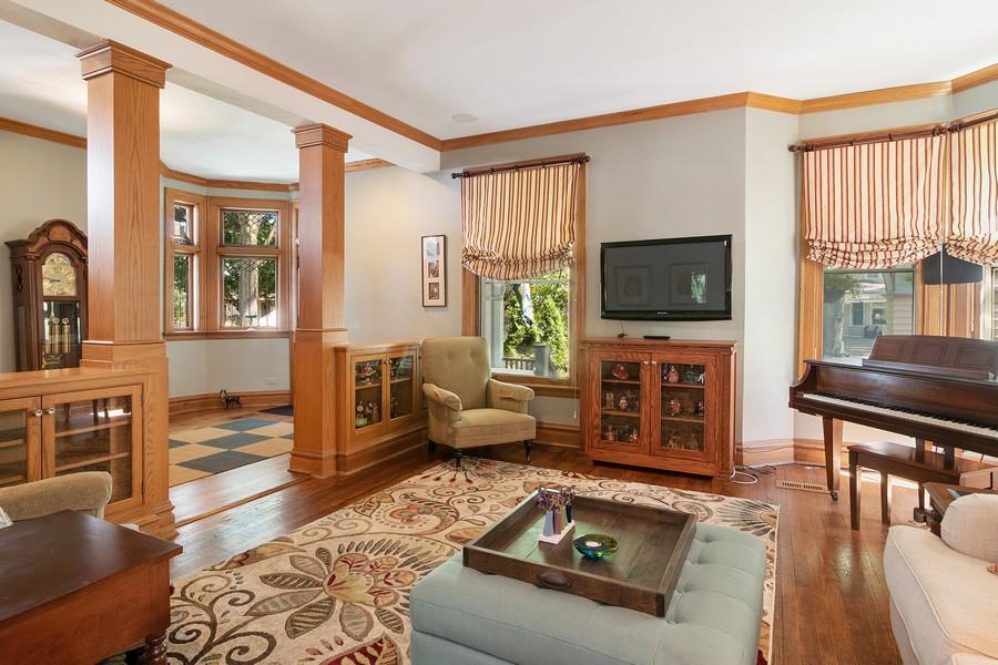 Real Estate Photography - 1023 Wenonah, Oak Park, IL, 60304 - Living Room