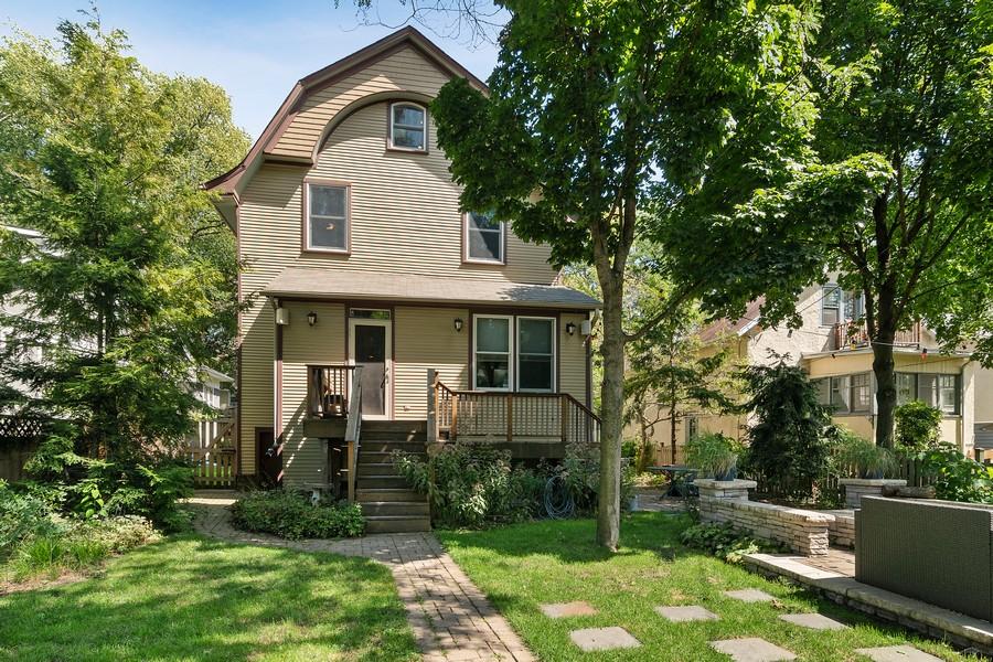 Real Estate Photography - 1023 Wenonah, Oak Park, IL, 60304 - Rear View