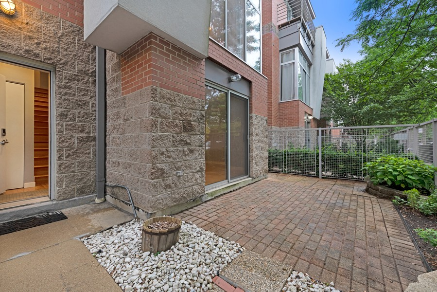 Real Estate Photography - 1920 S. Federal St., Unit C, Chicago, IL, 60616 - Patio