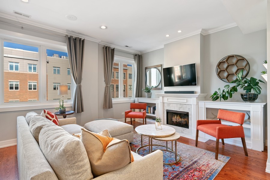 Real Estate Photography - 3536 North Ashland, Unit 4N, Chicago, IL, 60657 - Living Room
