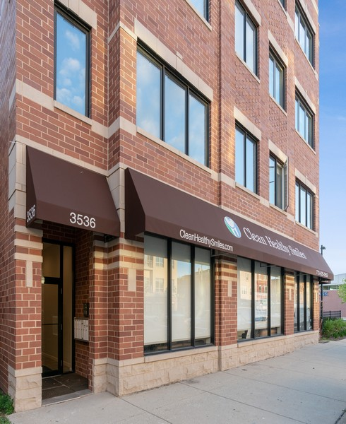Real Estate Photography - 3536 North Ashland, Unit 4N, Chicago, IL, 60657 - Front View