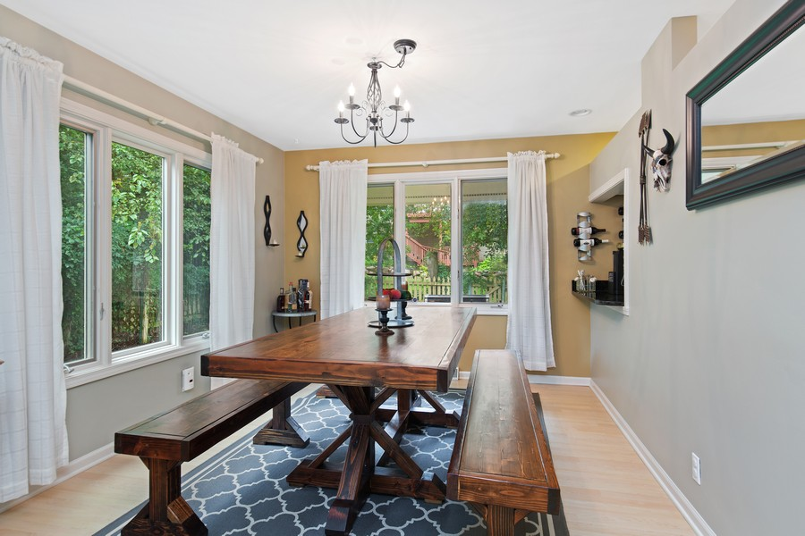 Real Estate Photography - 222 Lakewood DR, Oakwood Hills, IL, 60013 - Dining Room