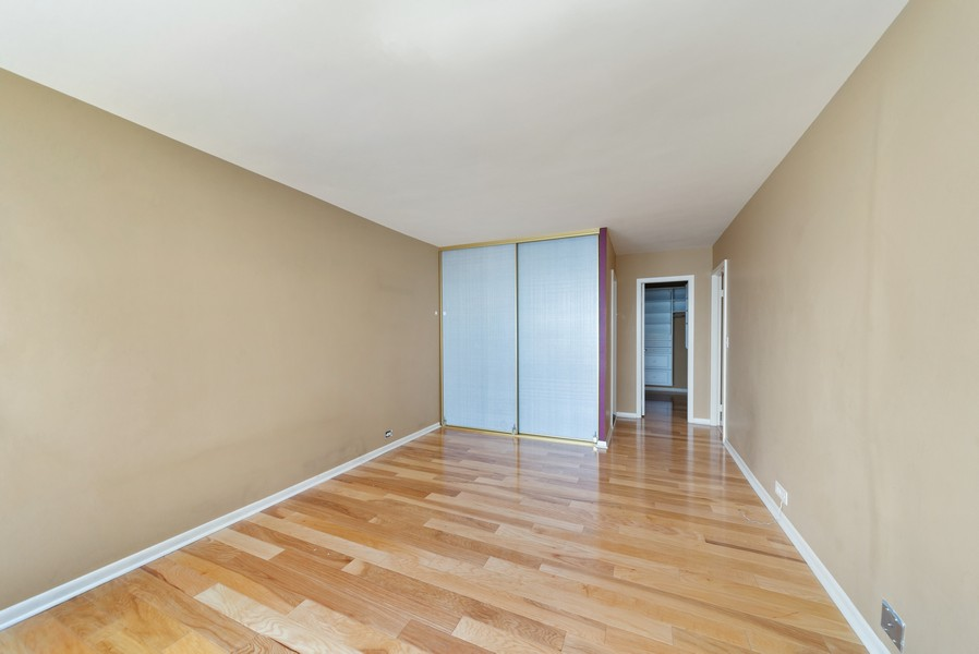 Real Estate Photography - 155 N. Harbor Dr. Unit 2010, Chicago, IL, 60601 - Master Bedroom