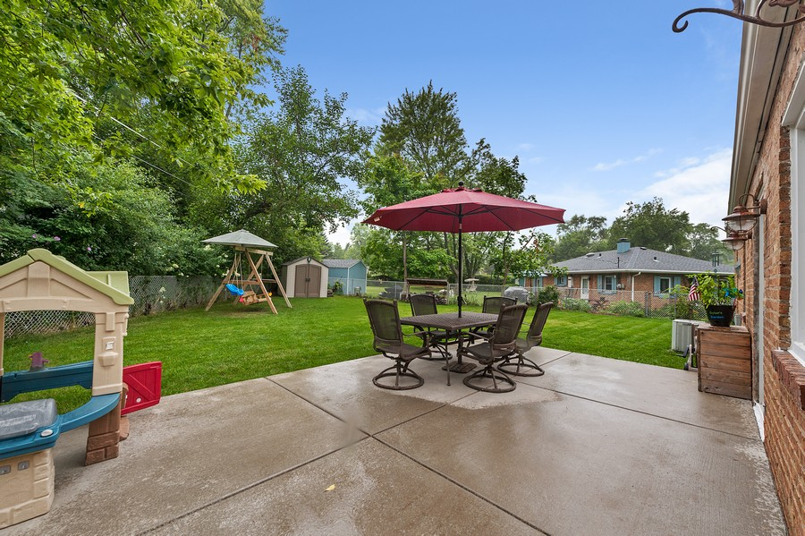 Real Estate Photography - 314 Behm Dr, Grayslake, IL, 60030 - Patio