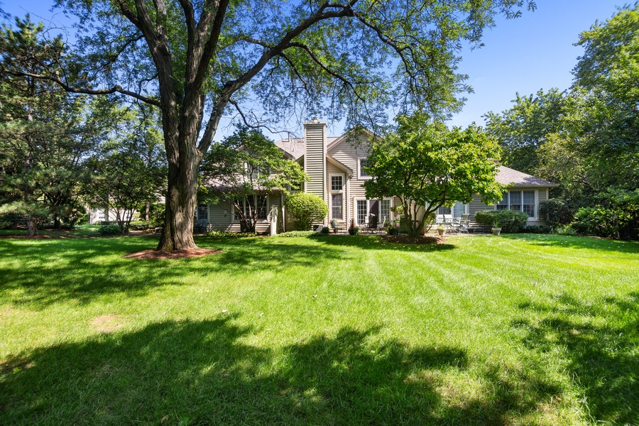 Real Estate Photography - 2042 Trent Ct, Glenview, IL, 60026 - Full Rear View of Expansive Lawn & Townhouse