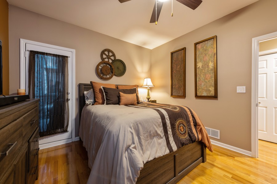 Real Estate Photography - 4704 N Kenmore, Unit 2B, Chicago, IL, 60640 - 2nd Bedroom
