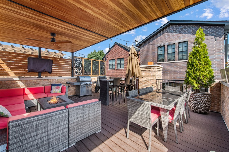 Real Estate Photography - 2019 W School St, Chicago, IL, 60618 - Deck